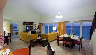 Suite Krystal Cancún Hotel Cancún